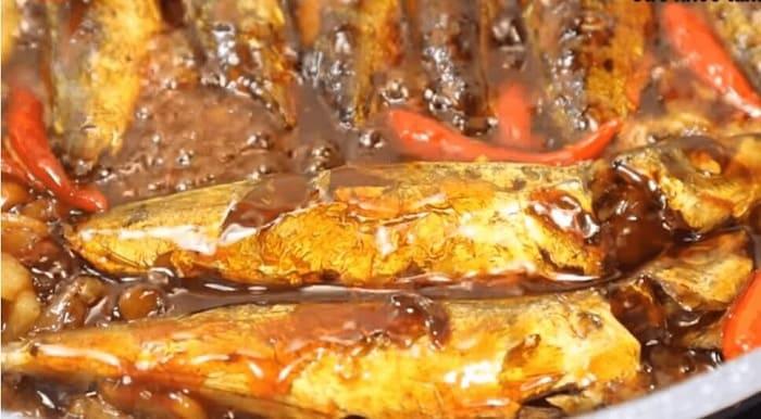 cá nục kho
