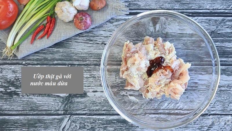 cách làm thịt gà xào nấm hương