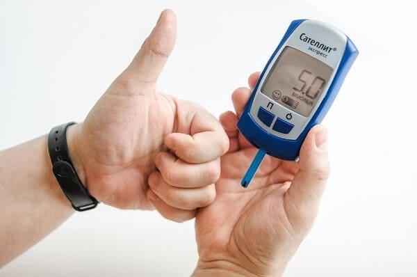 cải thiện insulin với giấm hoa quả