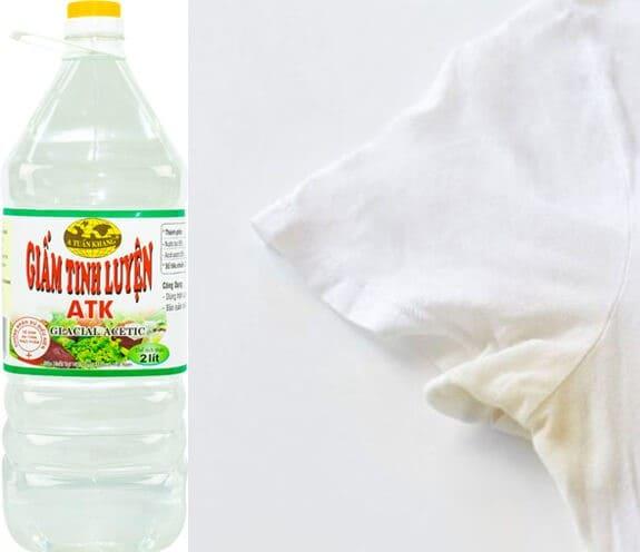 giấm giúp tẩy màu áo trắng