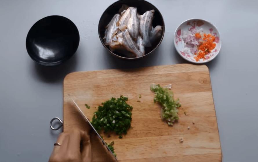 nguyên liệu nấu cá chốt kho