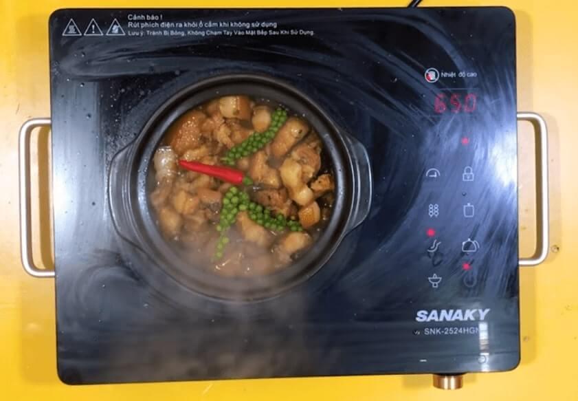 cách nấu thịt kho tiêu xanh