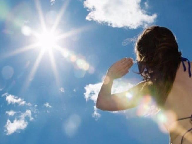 Trời nắng nóng kéo dài