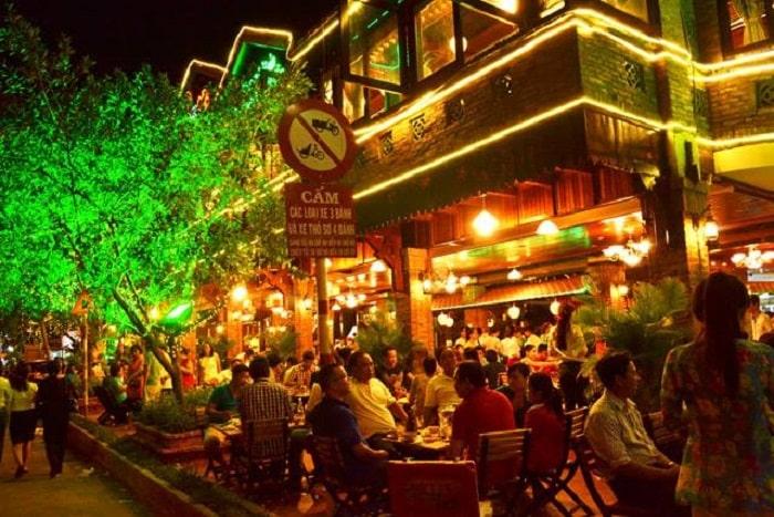 quán ăn bạch tuộc nướng sa tế sài gòn - A TUẤN KHANG