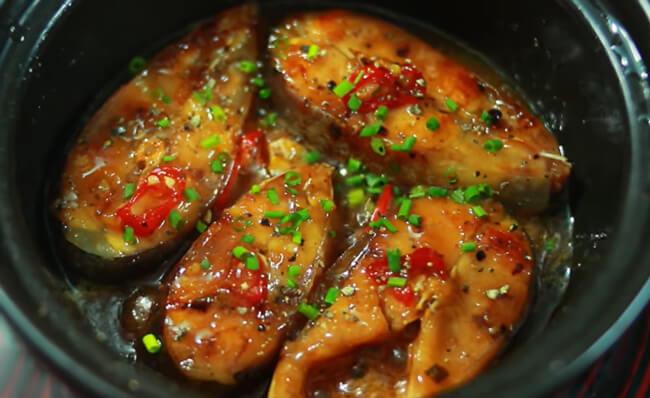 Món cá kho 2 lửa đậm đà thơm ngon