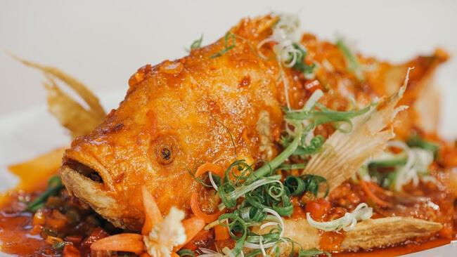 Món kho cá diêu hồng sốt cà chua