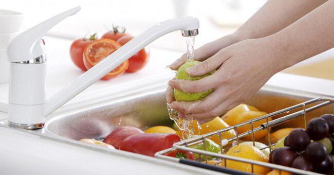 Giấm chuối dùng rửa rau quả