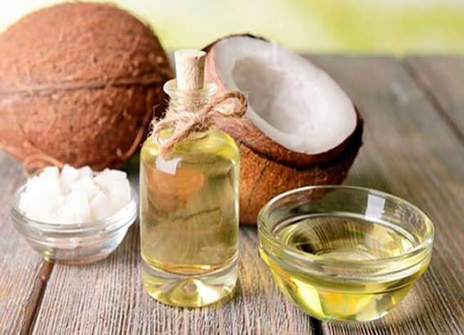 Dùng dầu dừa