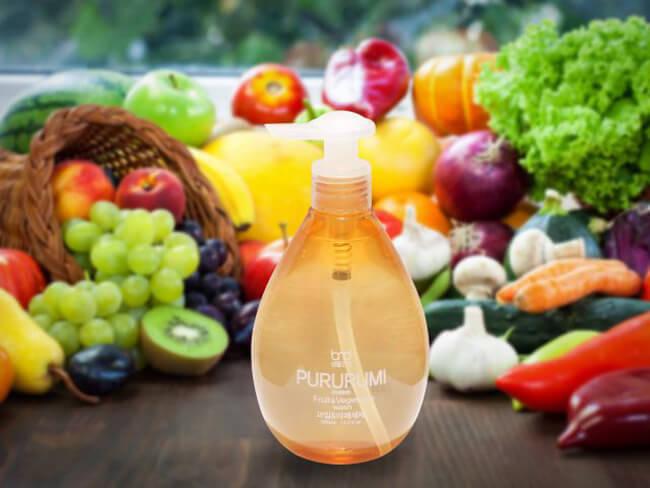 Dùng nước rửa rau
