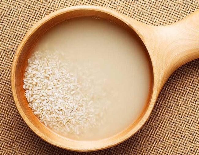 Sử dụng nước vo gạo