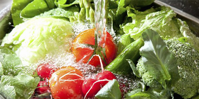Giấm trắng dùng rửa rau quả
