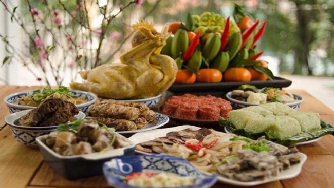 Các món ăn cúng ngày 30 Tết cỗ mặn hiện đại