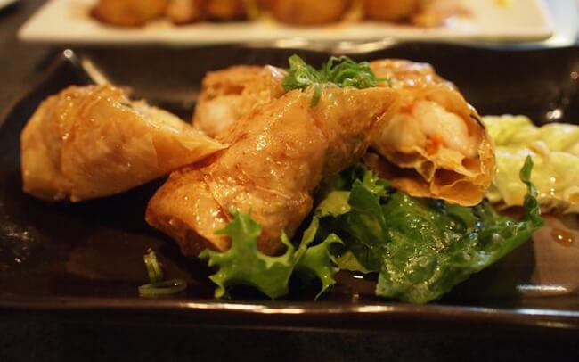 Món ăn ngày Tết lạ miệng - Tàu hũ ky cuộn tôm