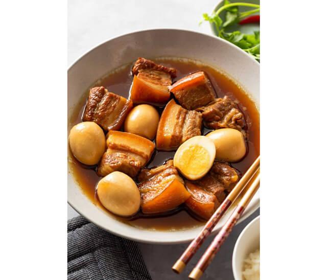 Nấu ăn ngon ngày Tết thịt kho hột vịt