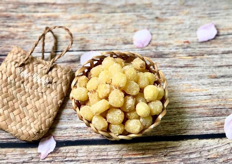 mứt hạt sen cung cấp nhiều chất dinh dưỡng cho cơ thể